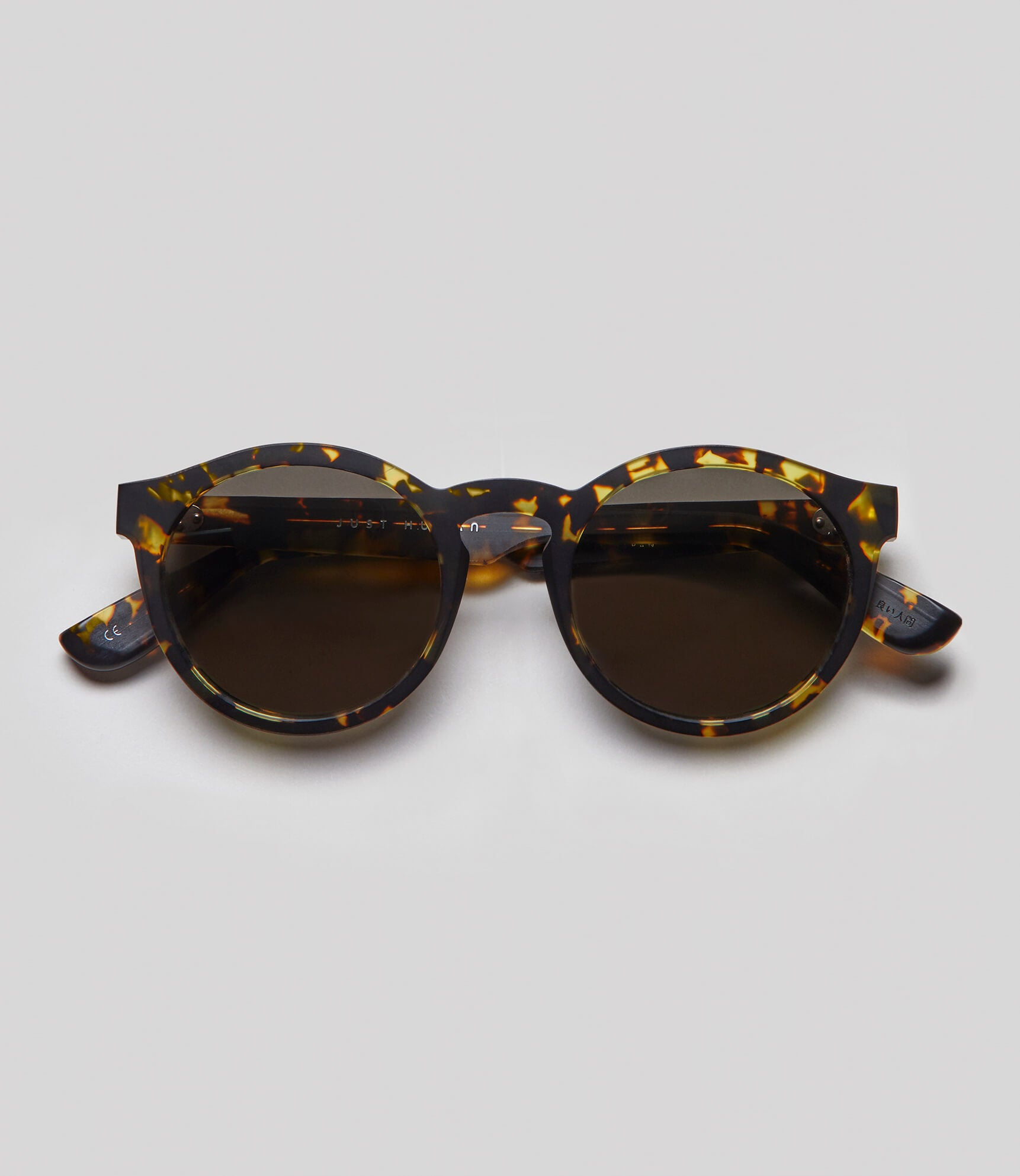 Round tortoise sunglasses eco friendly sustainable fashion made in Japan unisex sunglasses for men sunglasses for women and blue light filter