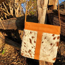 Load image into Gallery viewer, 'MICHELLE' Handbag #001