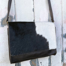 Load image into Gallery viewer, 'BOOKA' Handbag #0027