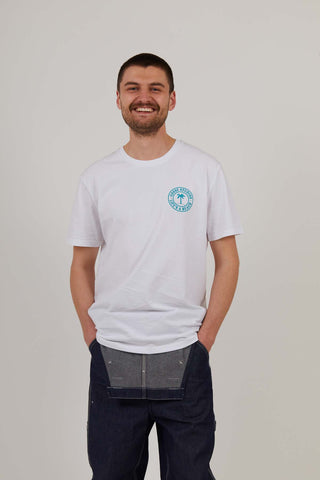 Life's A Beach - Men's Organic Cotton Print Tee - White/Turquoise