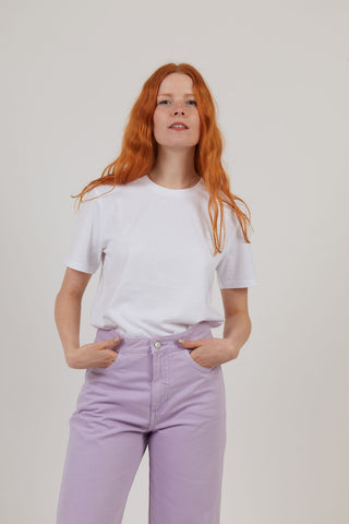 Woman wearing organic cotton white sustainable t-shirt