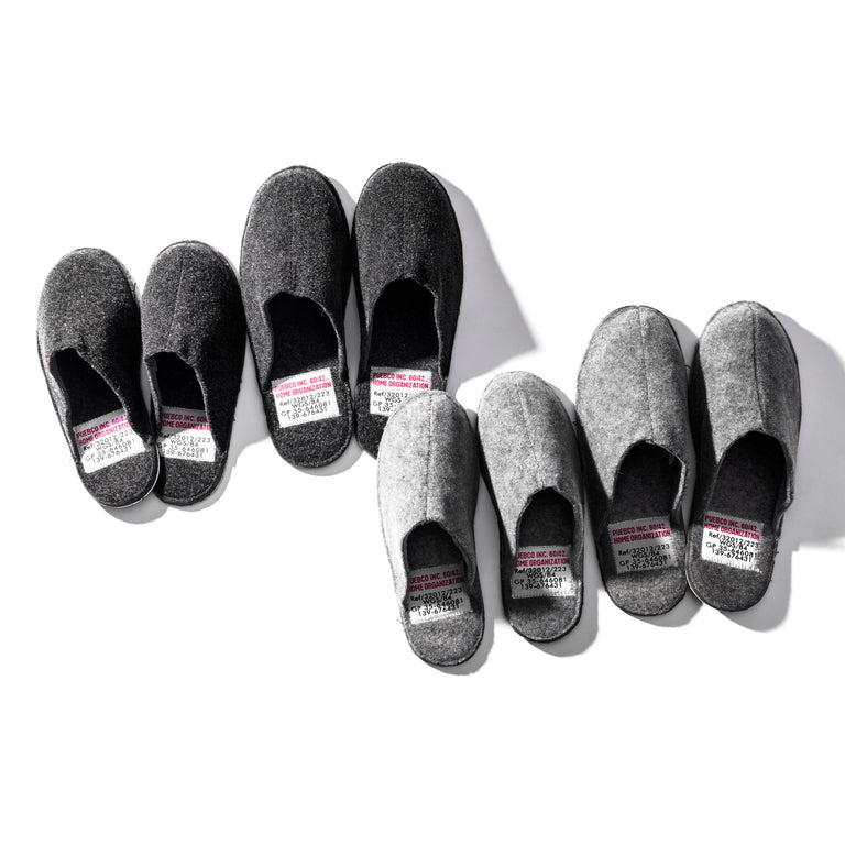 Slippers - Large/Light Gray