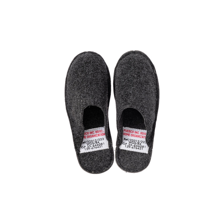 Slippers - Small/Dark Gray