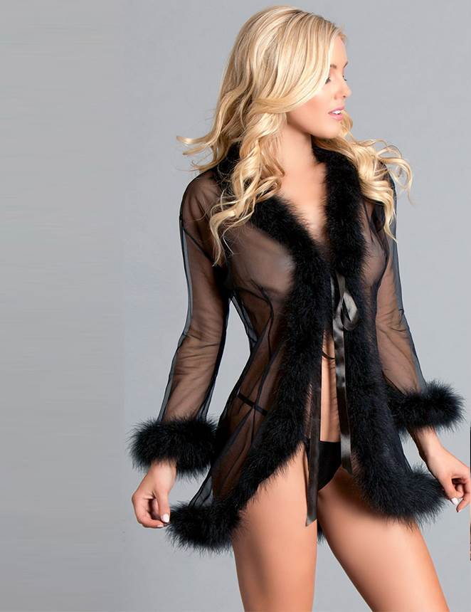 Queen Black Perspective Sleepwear With Fur