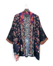 Load image into Gallery viewer, Ruler of My Heart Kimono / L-XL
