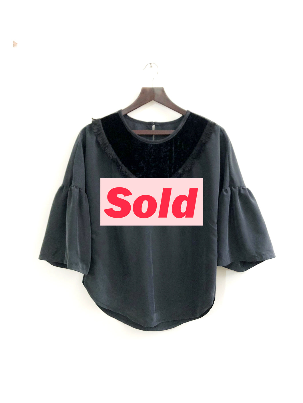 Unique Black Blouse SAMPLE / S