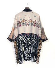 Load image into Gallery viewer, Sunday Morning Kimono / L-XL