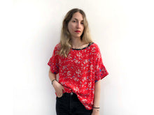 Load image into Gallery viewer, Red Floral Blouse SAMPLE / M