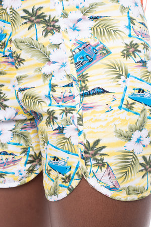 Hawaii Curved Shorts Yellow