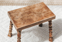 Load image into Gallery viewer, Vintage Handmade Oak Table - Small