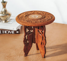 Load image into Gallery viewer, Vintage mini carved side table plantstand