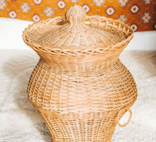 Load image into Gallery viewer, Vintage Cane Basket