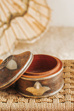 Load image into Gallery viewer, Boho vintage ethnic bowl with lid