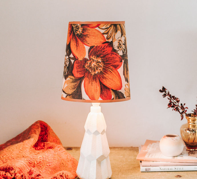 Vintage retro orange flower fabric table lamp