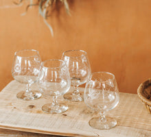 Load image into Gallery viewer, Vintage etched brandy glasses