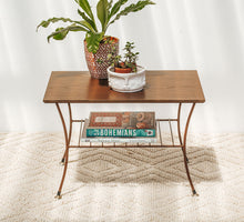 Load image into Gallery viewer, Vintage Retro Coffee Table