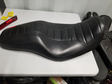 Load image into Gallery viewer, DYNA SUPERGLIDE STOCK SEAT