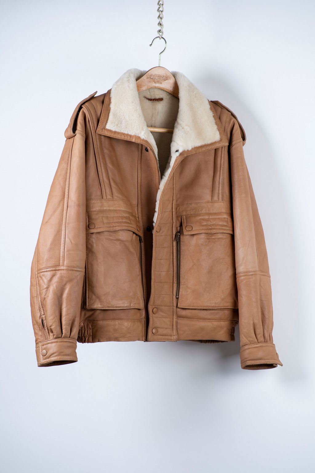 Men's Aviator / Flight Style Camel Brown Shearling Jacket, USA 40, EU 50