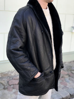 Vintage Black Chunky Supple Shearling Jacket, SIZE L - secondfirst