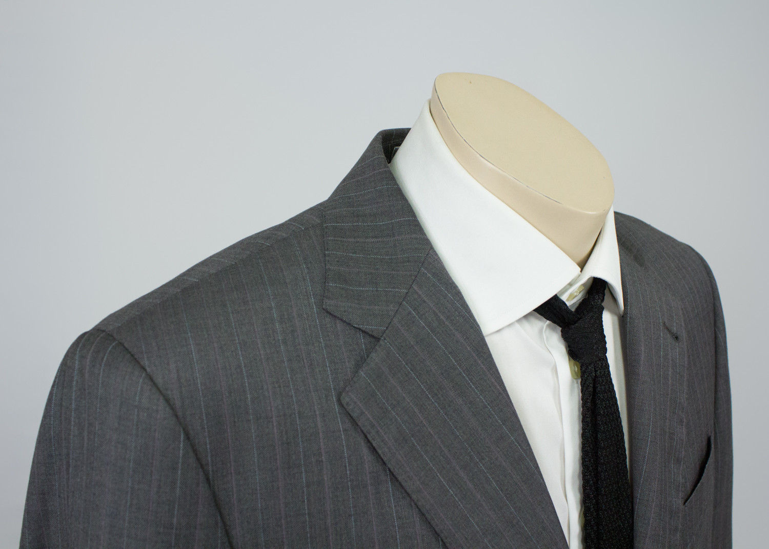 JOSEPH ABBOUD 100% Wool Striped Gray 2 Pieces Suit, SIZE US 40R - secondfirst