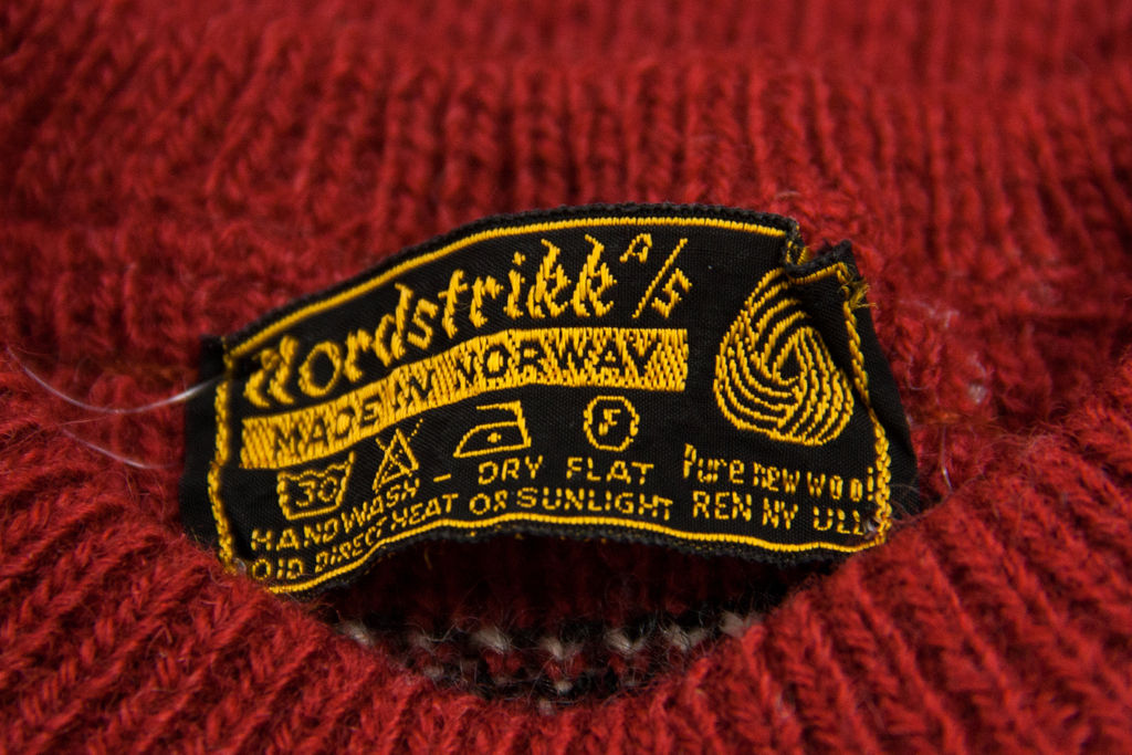 NORDSTRIKK unisex 100% WOOL CARDIGAN SWEATER SIZE S-M - secondfirst