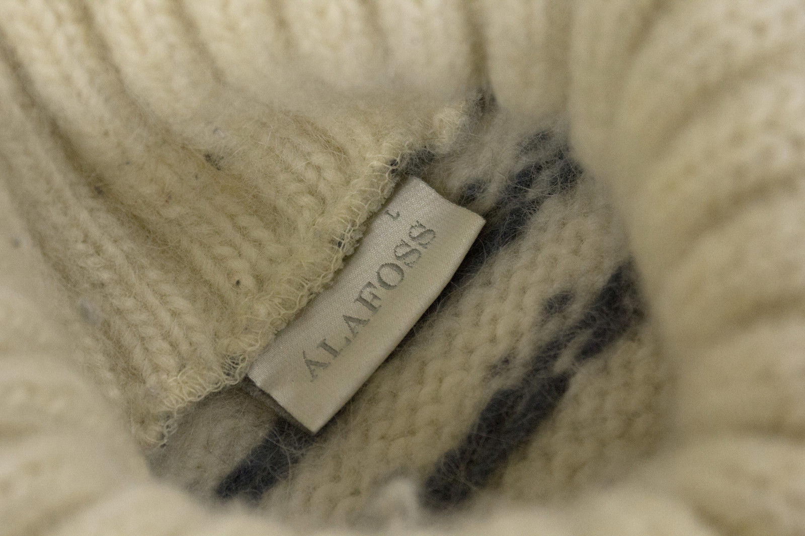 ALAFOSS Super Chunky & Warm Turtle Neck Sweater Jumper, SIZE L - second_first