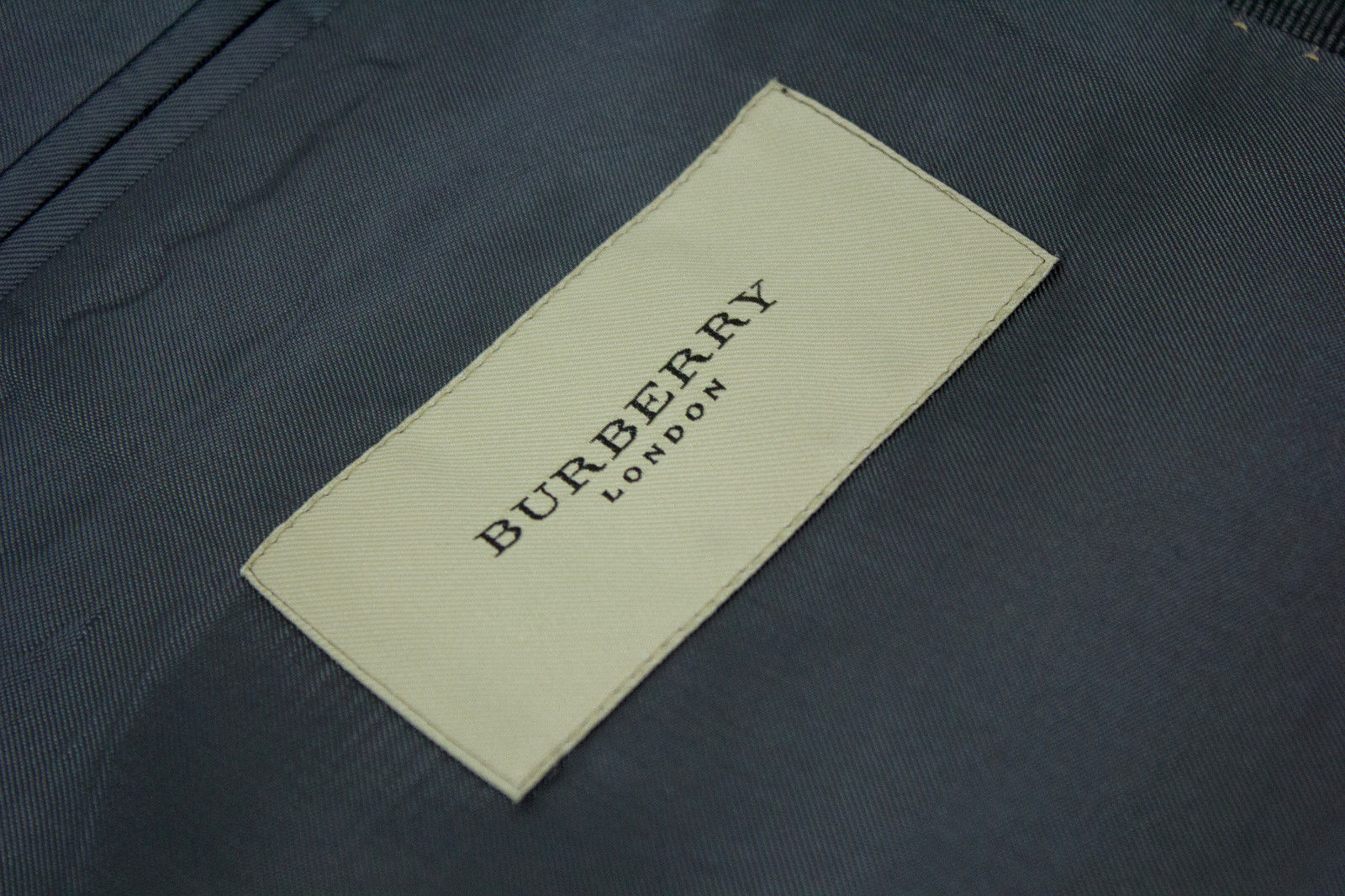 BURBERRY Super 130's Wool Gray 2 Button Blazer US 44S, EU 27 - secondfirst