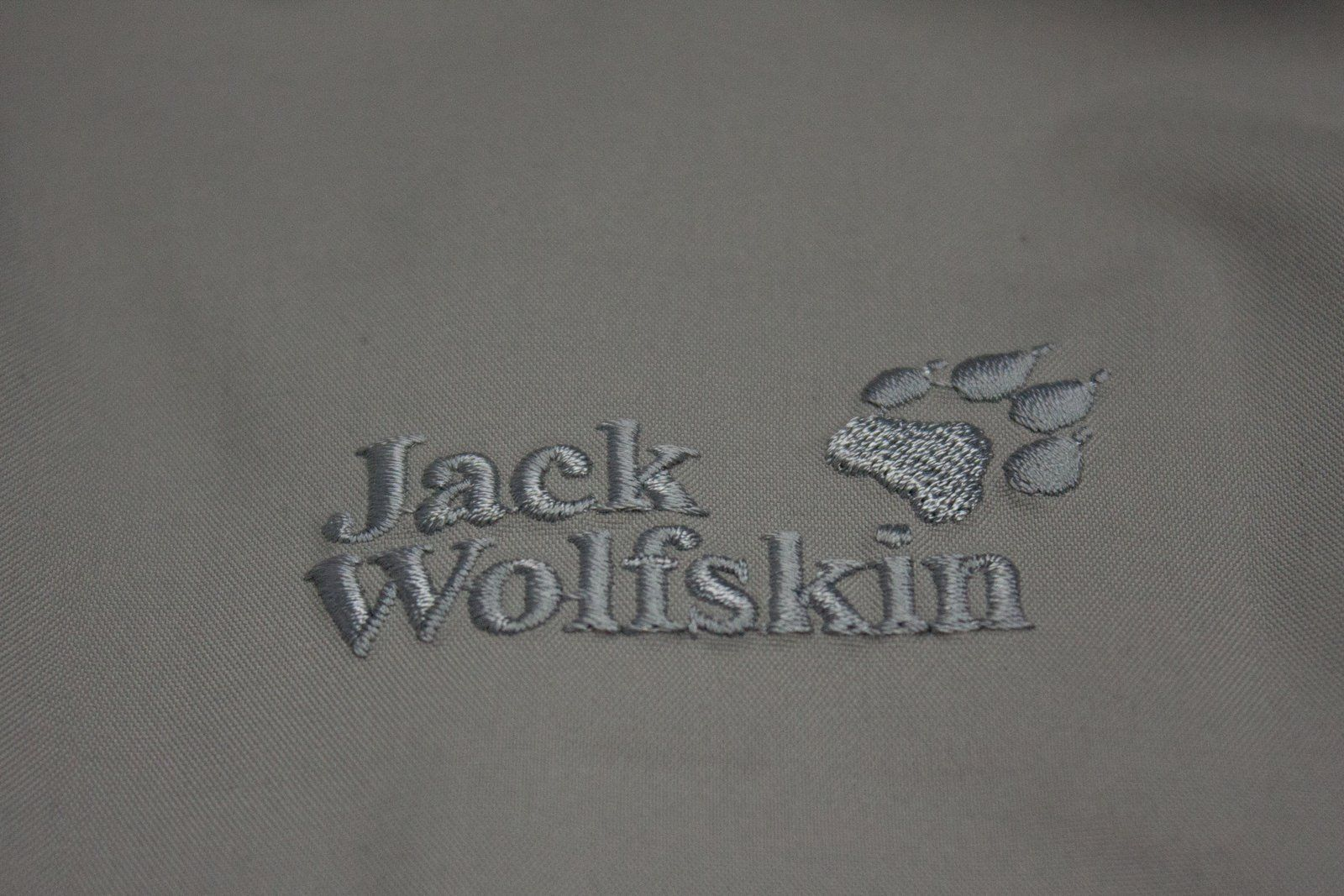 JACK WOLFSKIN men's Gray Travel Jacket, L - secondfirst