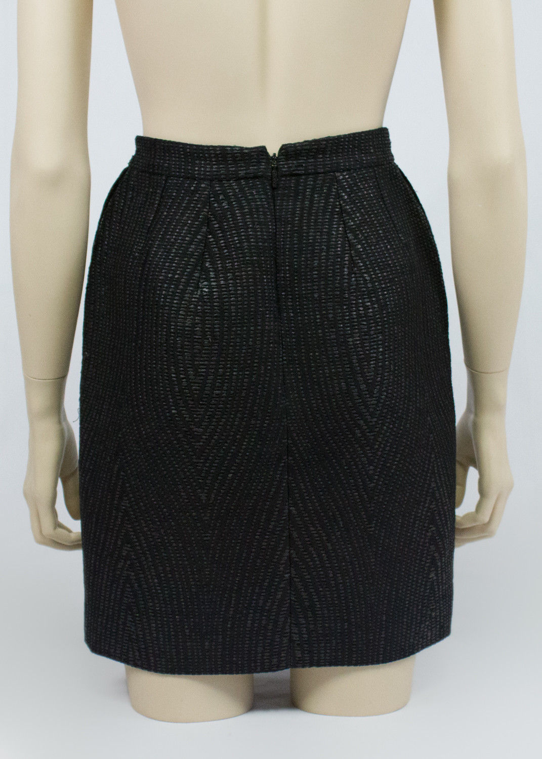 GUCCI Mini Black Textured Fabric Skirt, IT 36, US 0, UK 4, EU 32 - secondfirst