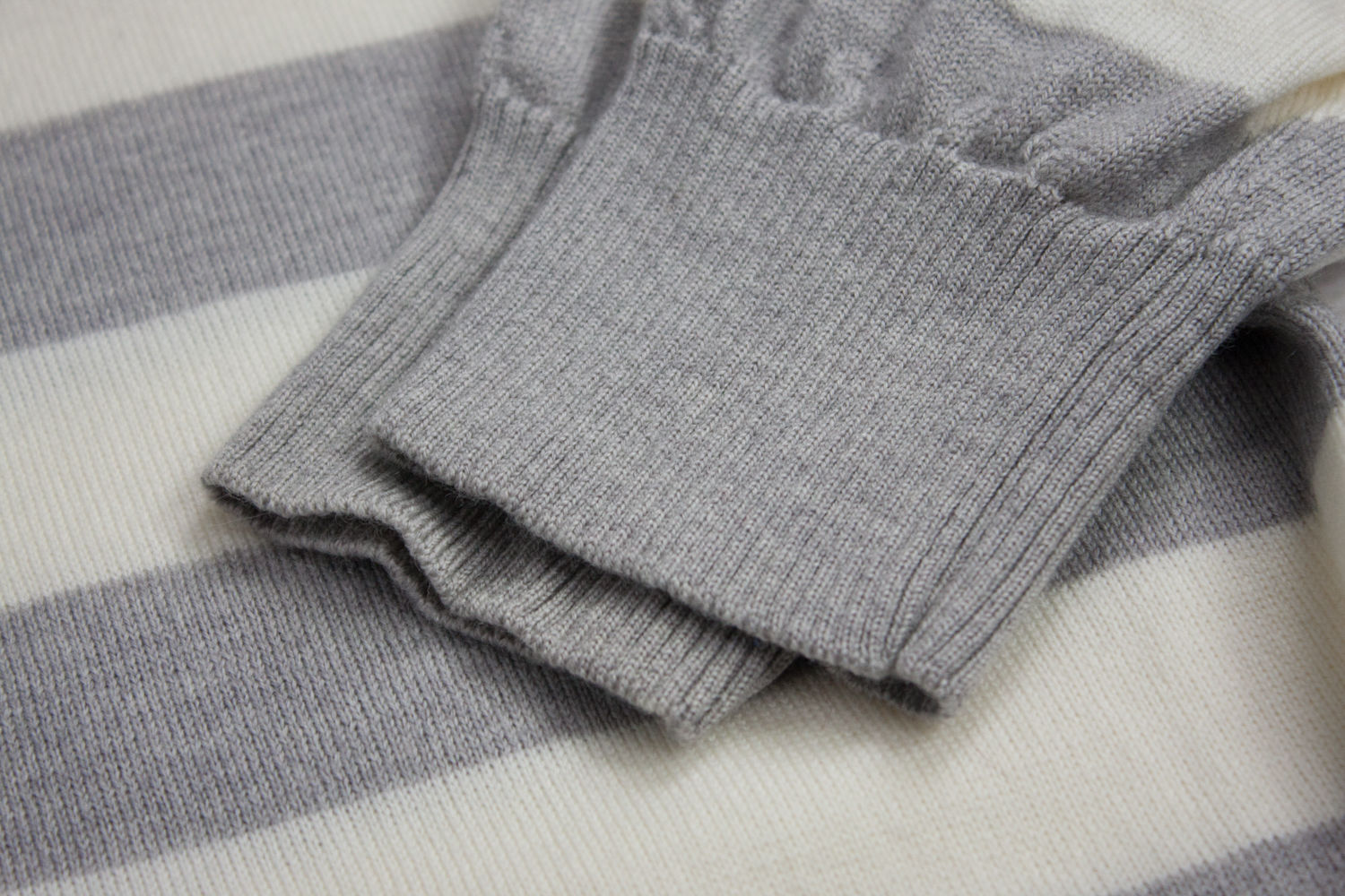 J. Lindeberg Men's Gray Thin Merino Wool Jumper Sweater, L - secondfirst