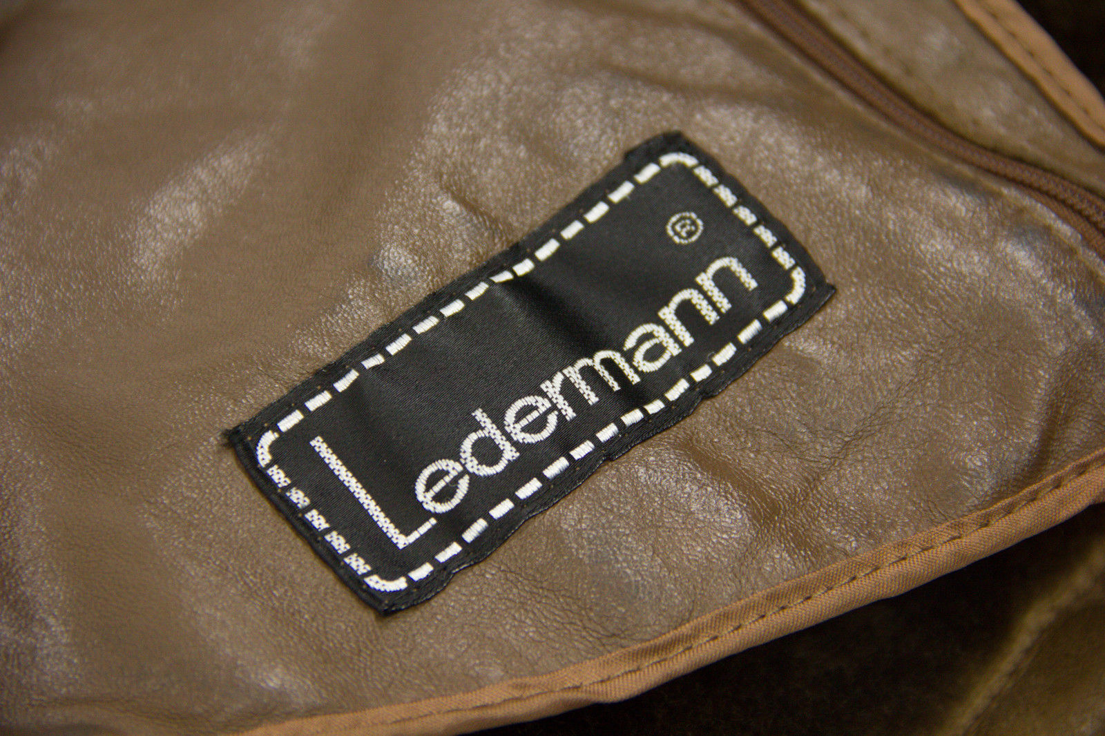 LEDERMANN Men's Brown Shearling Coat Jacket, Size EU50, US40 - secondfirst