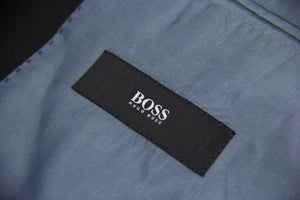 Hugo Boss Black Stretch Wool 2 Pcs Suit, US 42R, EU 52 R - secondfirst