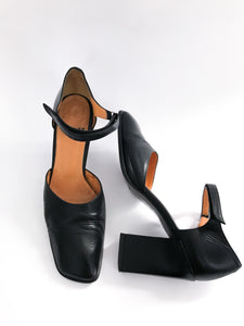 Audley Black Leather Angled Square Toe Pumps, US 8/EU 38/UK 5
