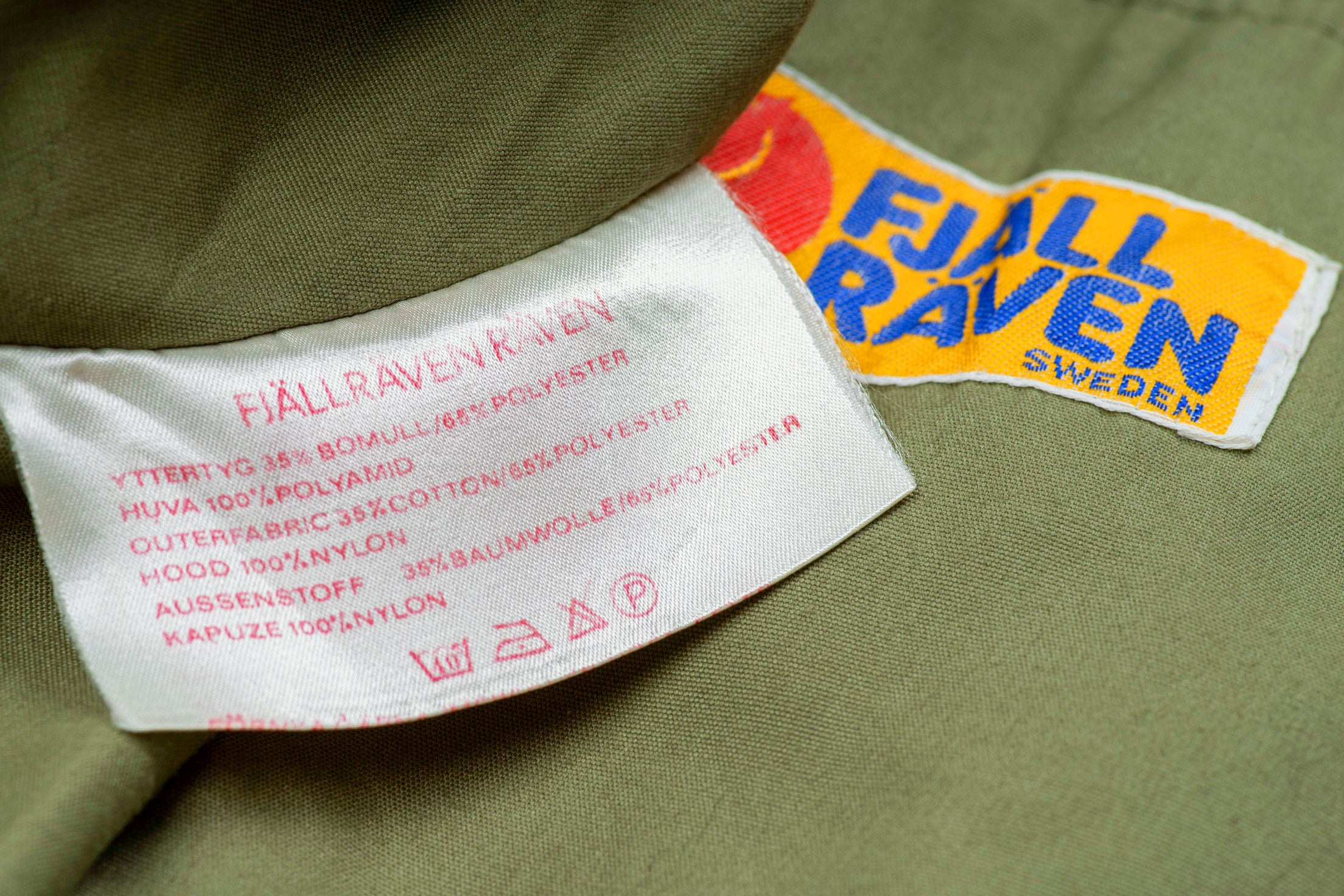 Vintage Fjallraven Women's Khaki Green Lightweight Safari Jacket, M