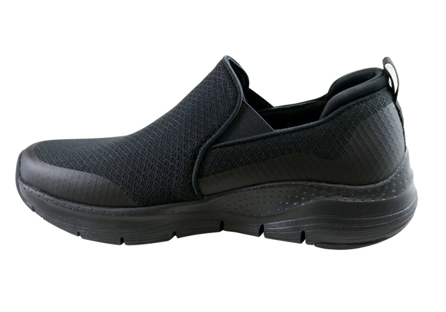Skechers Mens Arch Fit Banlin Slip On Comfortable Casual Shoes