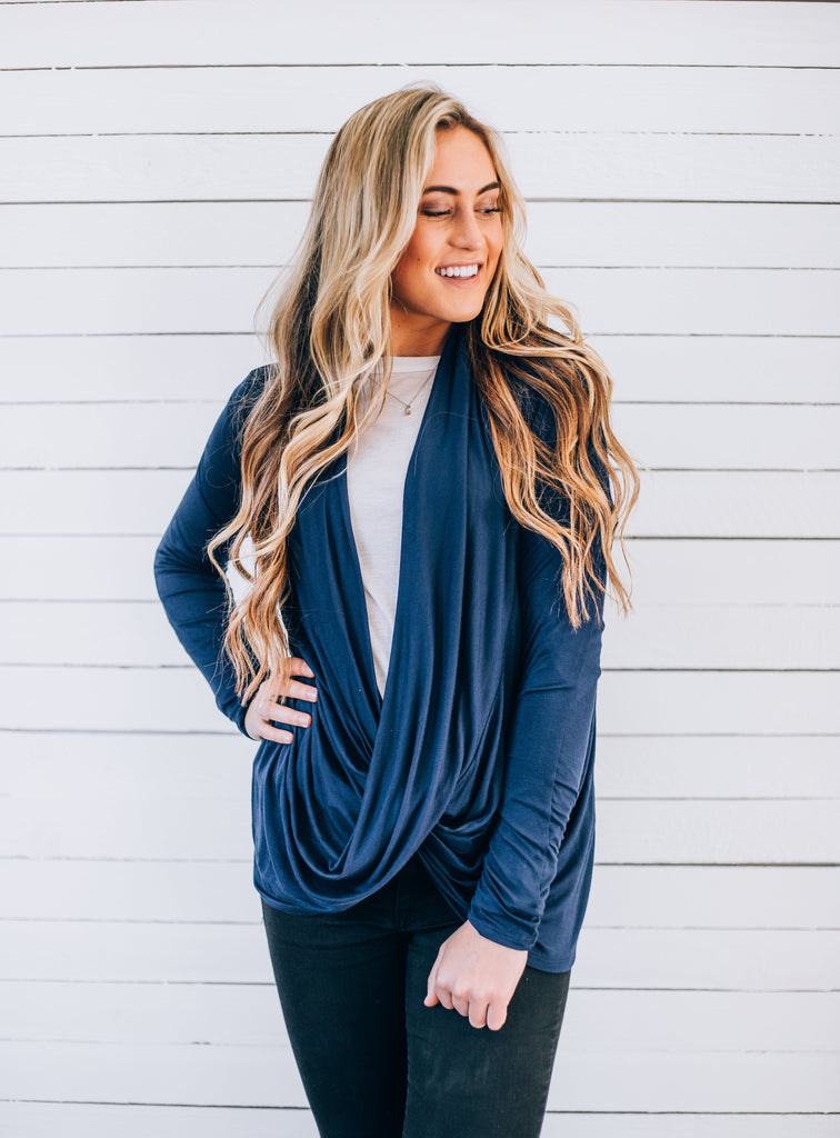 the Ava Criss-Cross Nursing Top