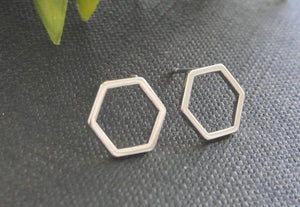Simple Minimalist Hexagon Honeycomb Shaped Earring for Girls