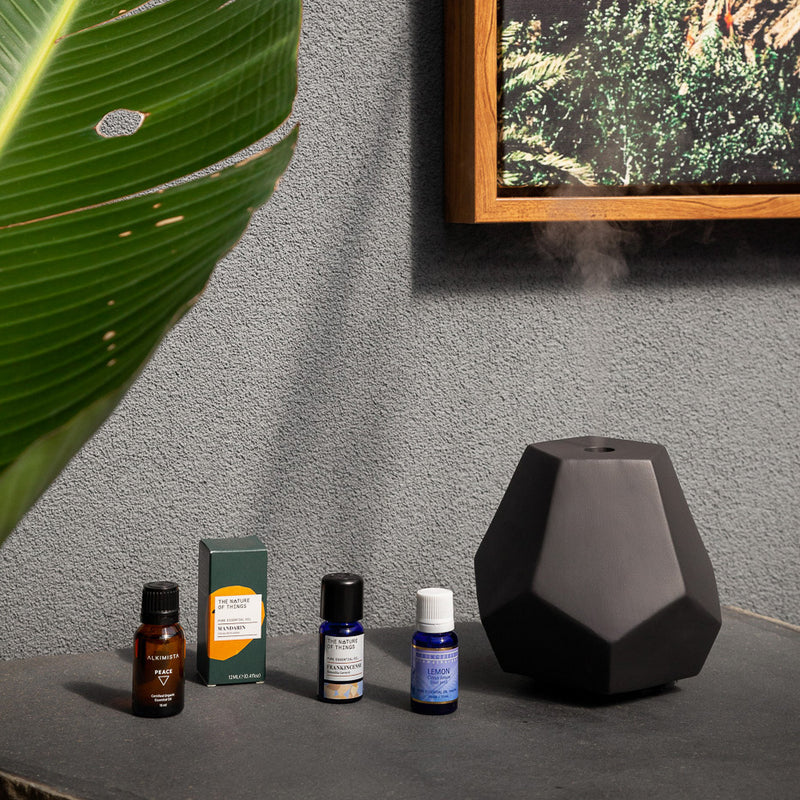 Charcoal Ceramic Geo Design Diffuser Display with Essential Oils