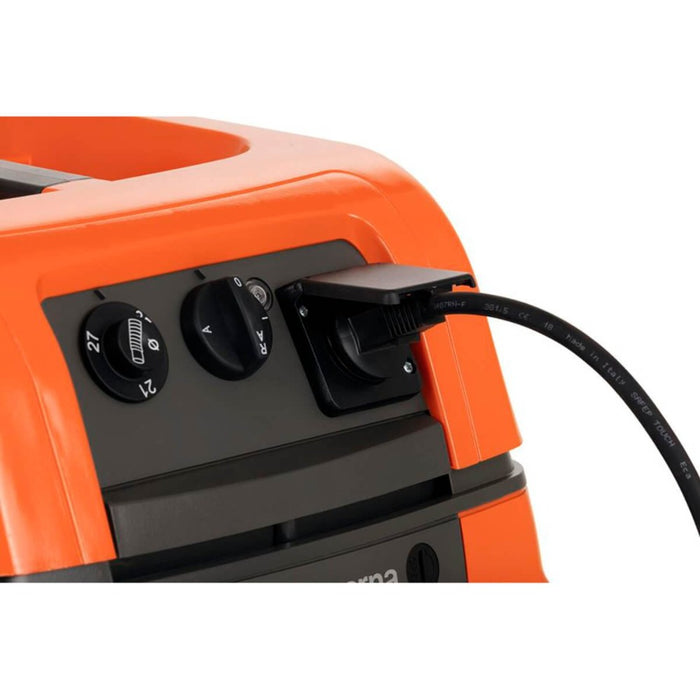 Husqvarna S 11 Vacuum Cleaner power source