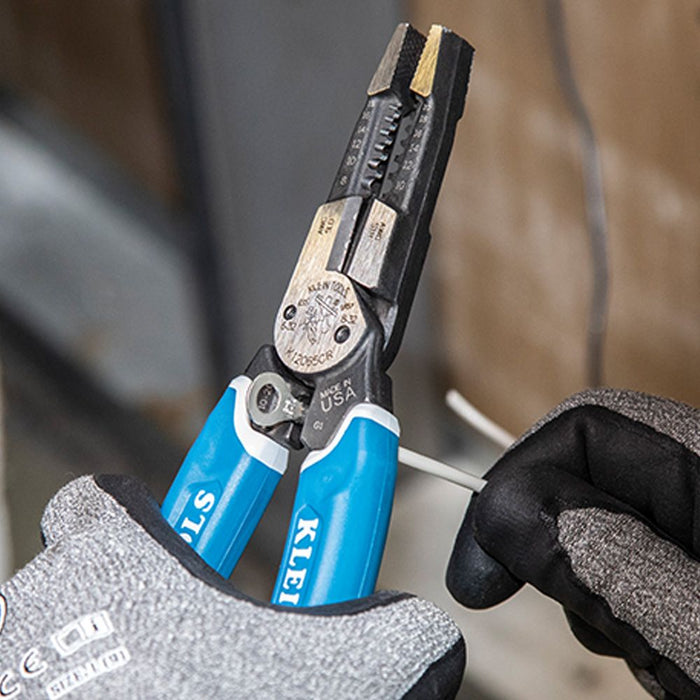Cutting wire with Klein-Kurve Heavy-Duty Wire Cutter Multi Tool
