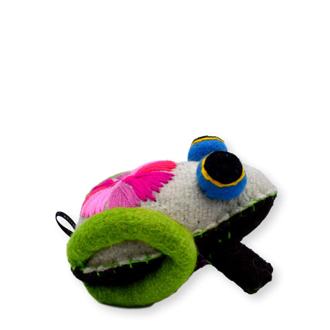 Land of Meow The Collarist Luxury Cat Toy Frog