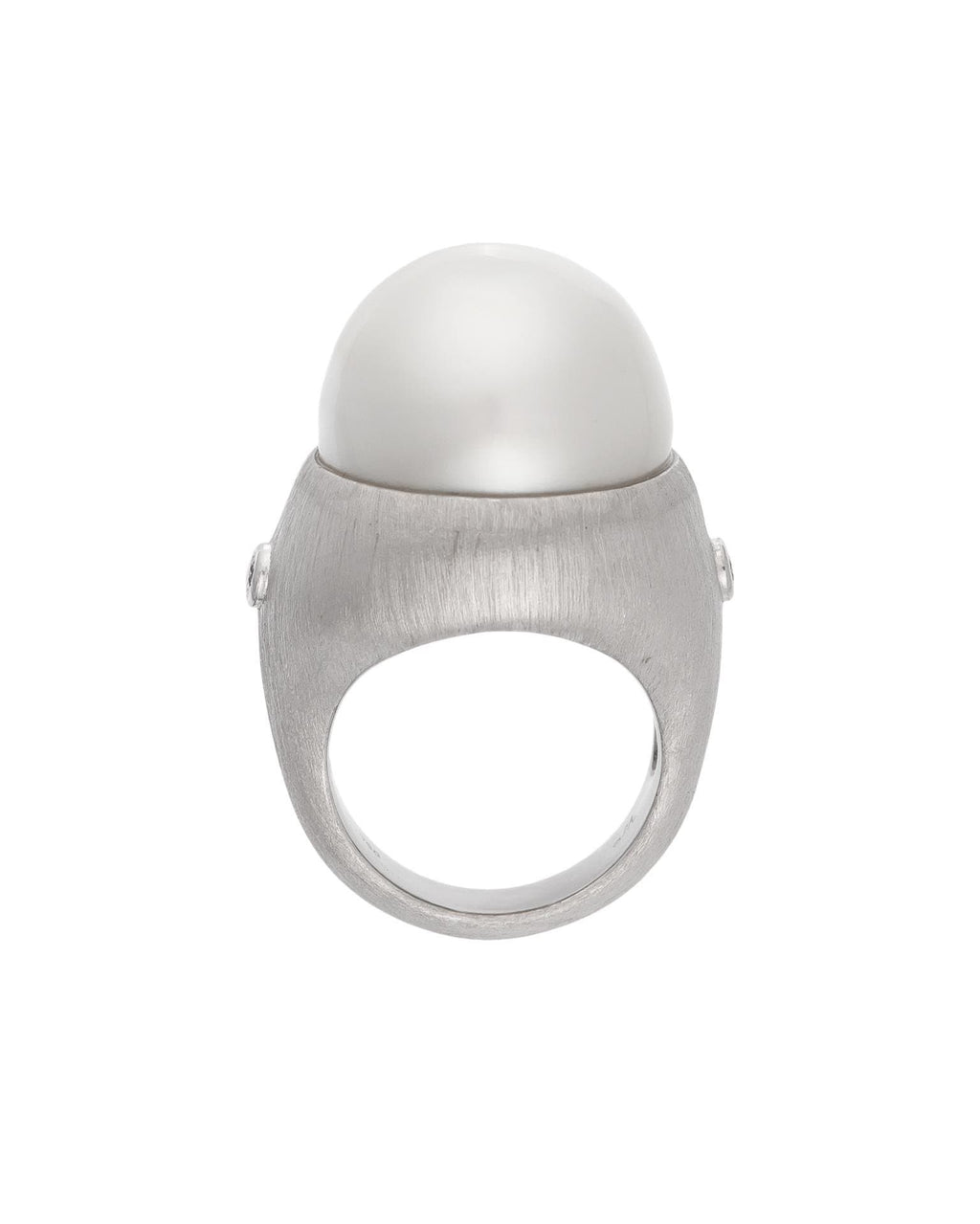 No. 128 - White Gold South Sea Pearl & Diamond Ring