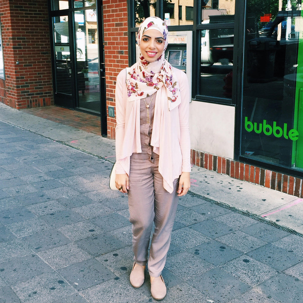HH Spotted Club Haute Hijab Heba Jay Country Rose Wrap
