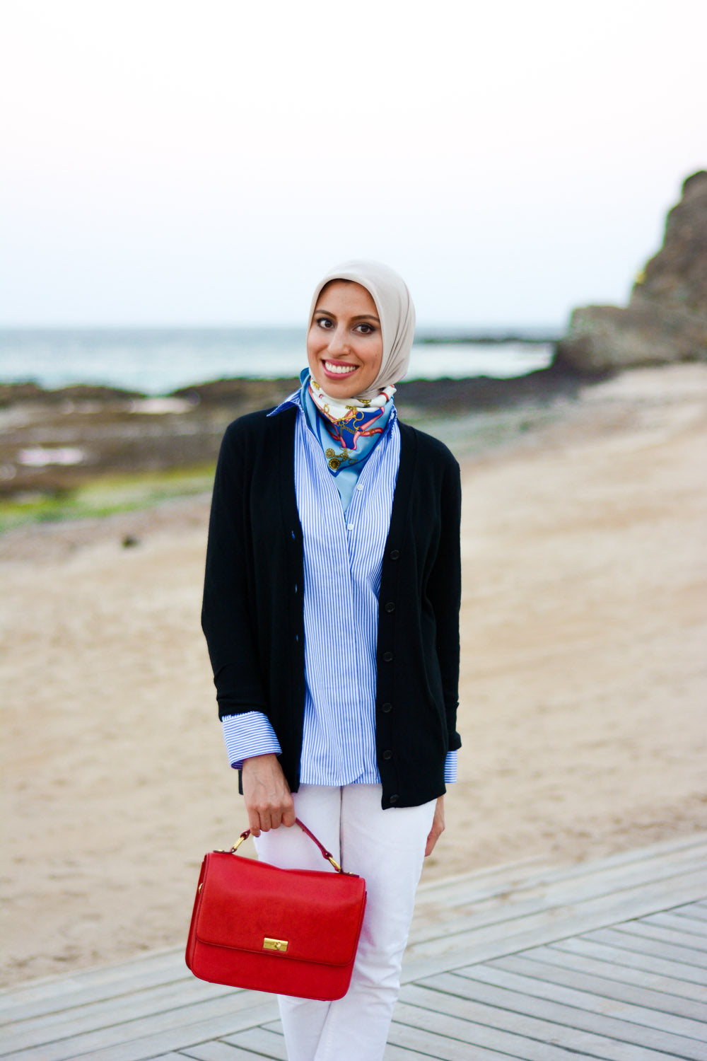 HH Style Guide Black Cardi Sailor Look Haute Hijab