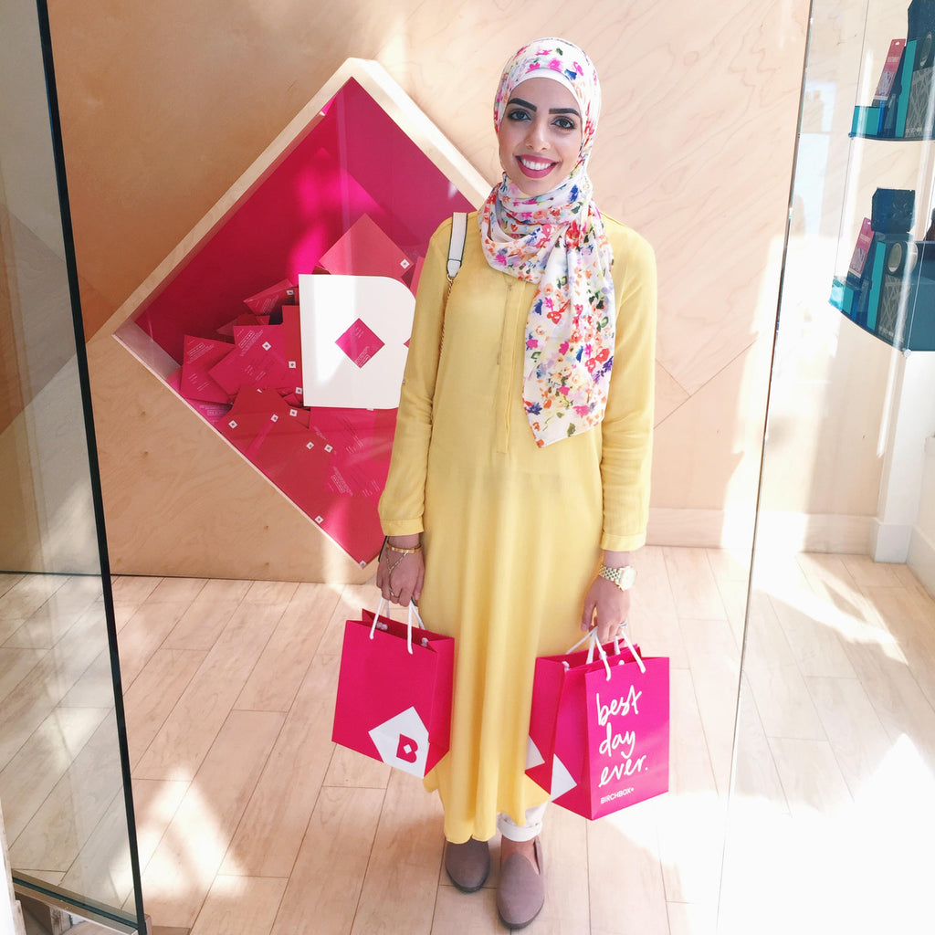 Heba Jay Spotted Photo HH Spotted Club Haute Hijab Pretty as a Picture Wrap