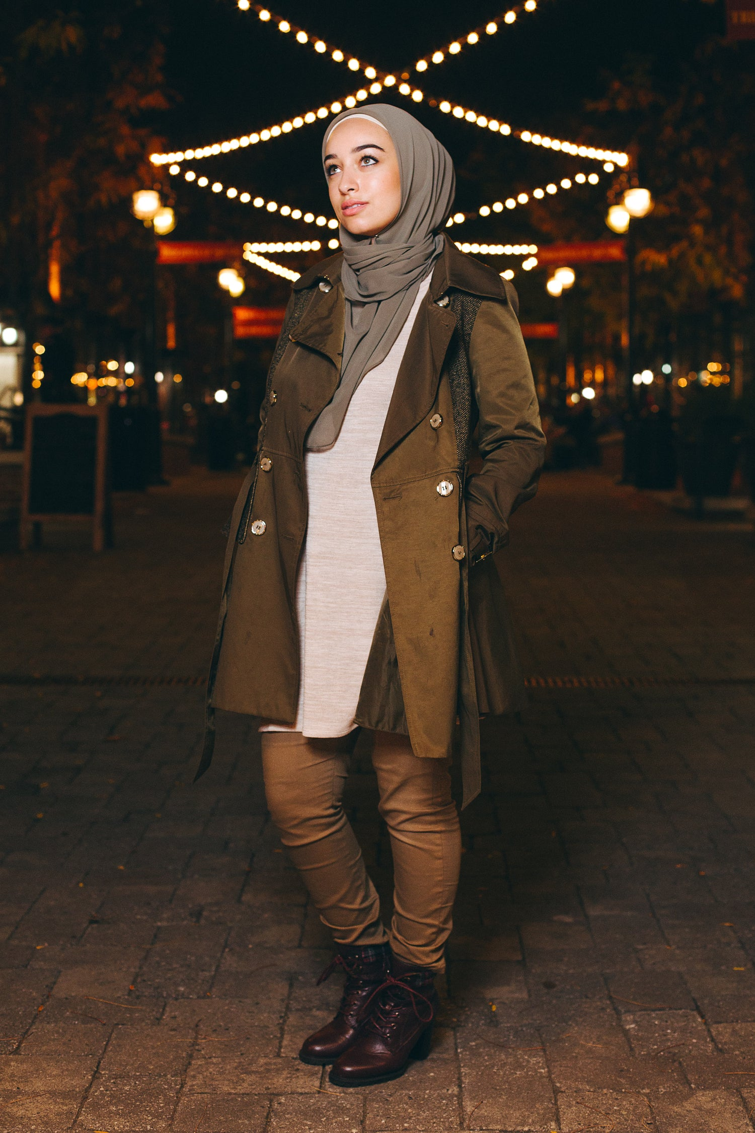 HH Essentials Everyday Scarf Olive 'It Girl' Hoda HH Style Guide