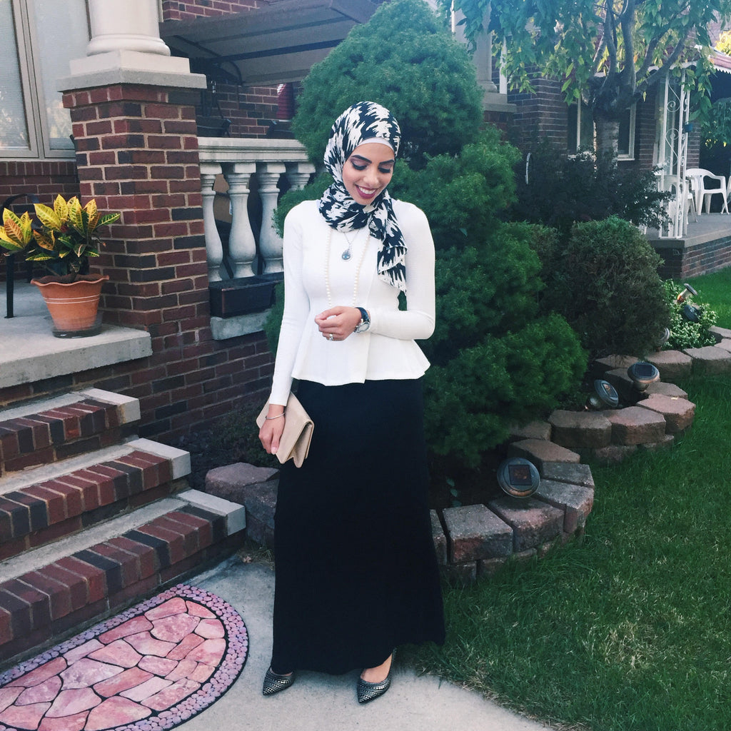 Heba Jay Spotted Photo HH Spotted Club Haute Hijab British Invasion Wrap