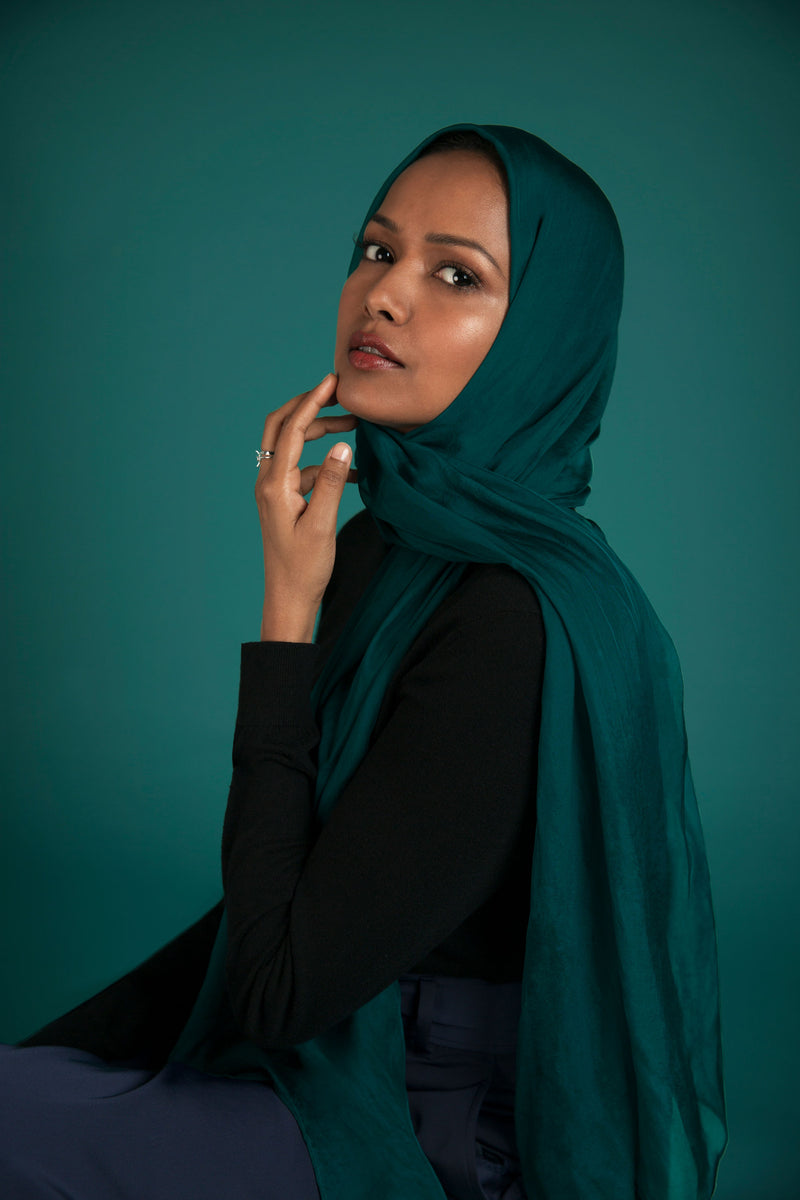 Essential Silk Hijab - Peacock
