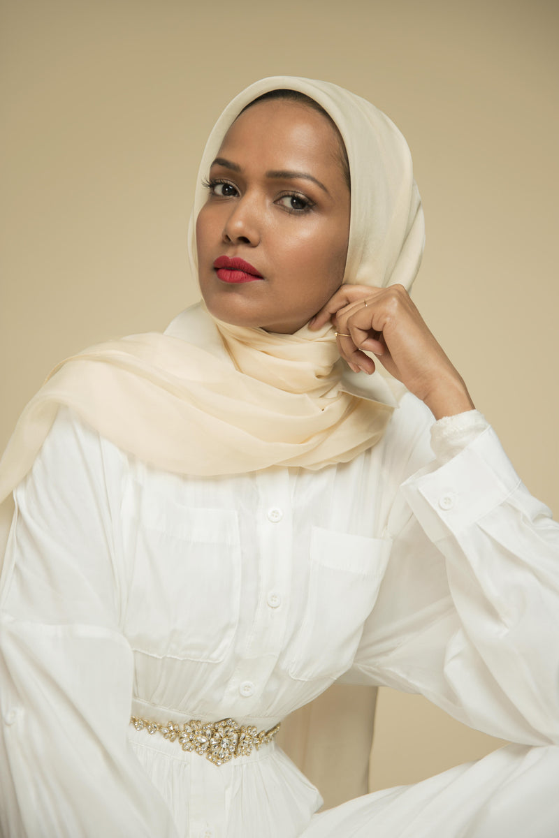 Essential Silk Hijab - Chantilly Creme