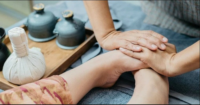 Reflexology Services in Vancouver for Better Health: Facts to Know